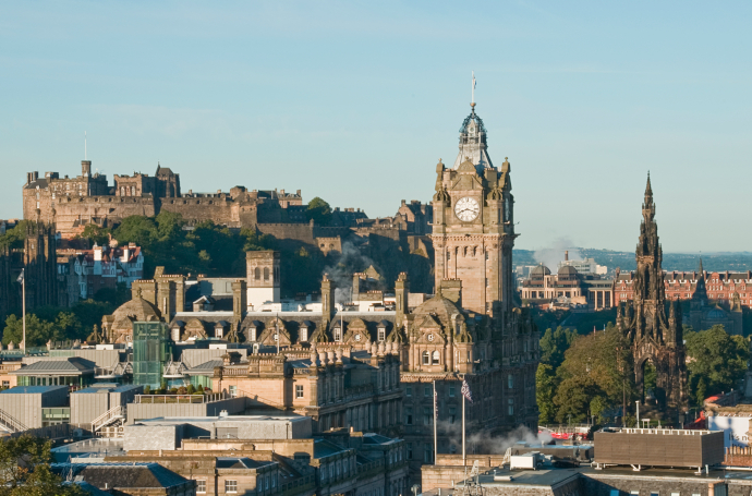 Plan your trip to Edinburgh with the information given in our site.